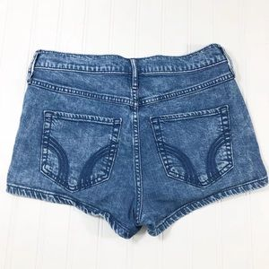 Hollister HCO high rise jean shorts size 7